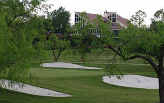 V Golf Course Homes