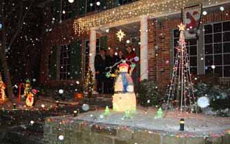 University Hills Holiday Lighting Contest